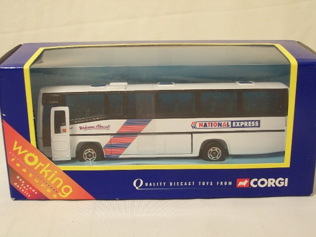 Picture Gallery for Corgi Classics 32602 Plaxton Coach