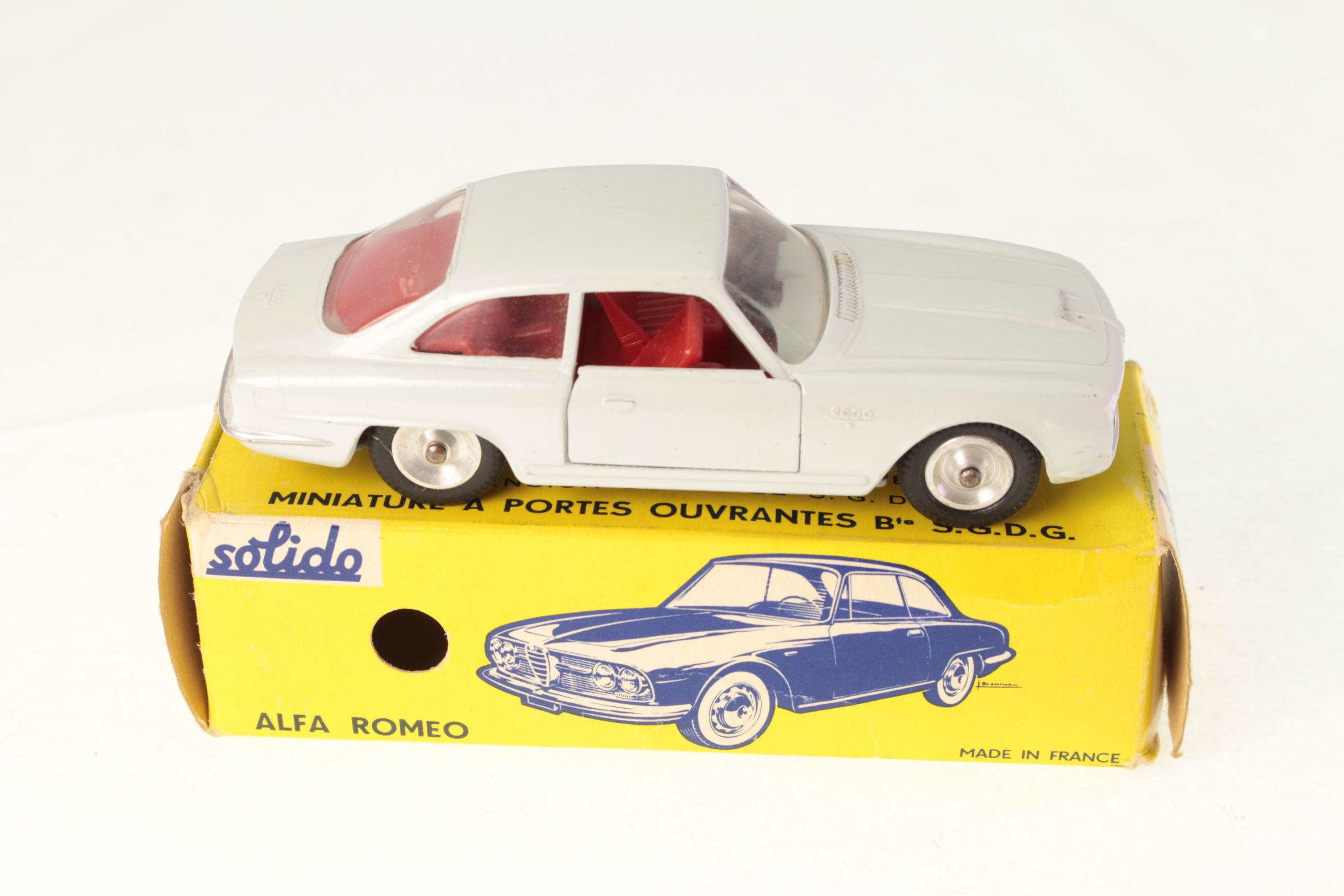 Série 100 Alfa Romeo 2600 S 1//43e
