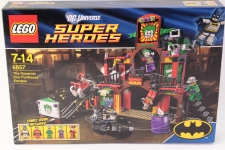 Picture Gallery for Lego 6857 The Dynamic Duo Funhouse Escape