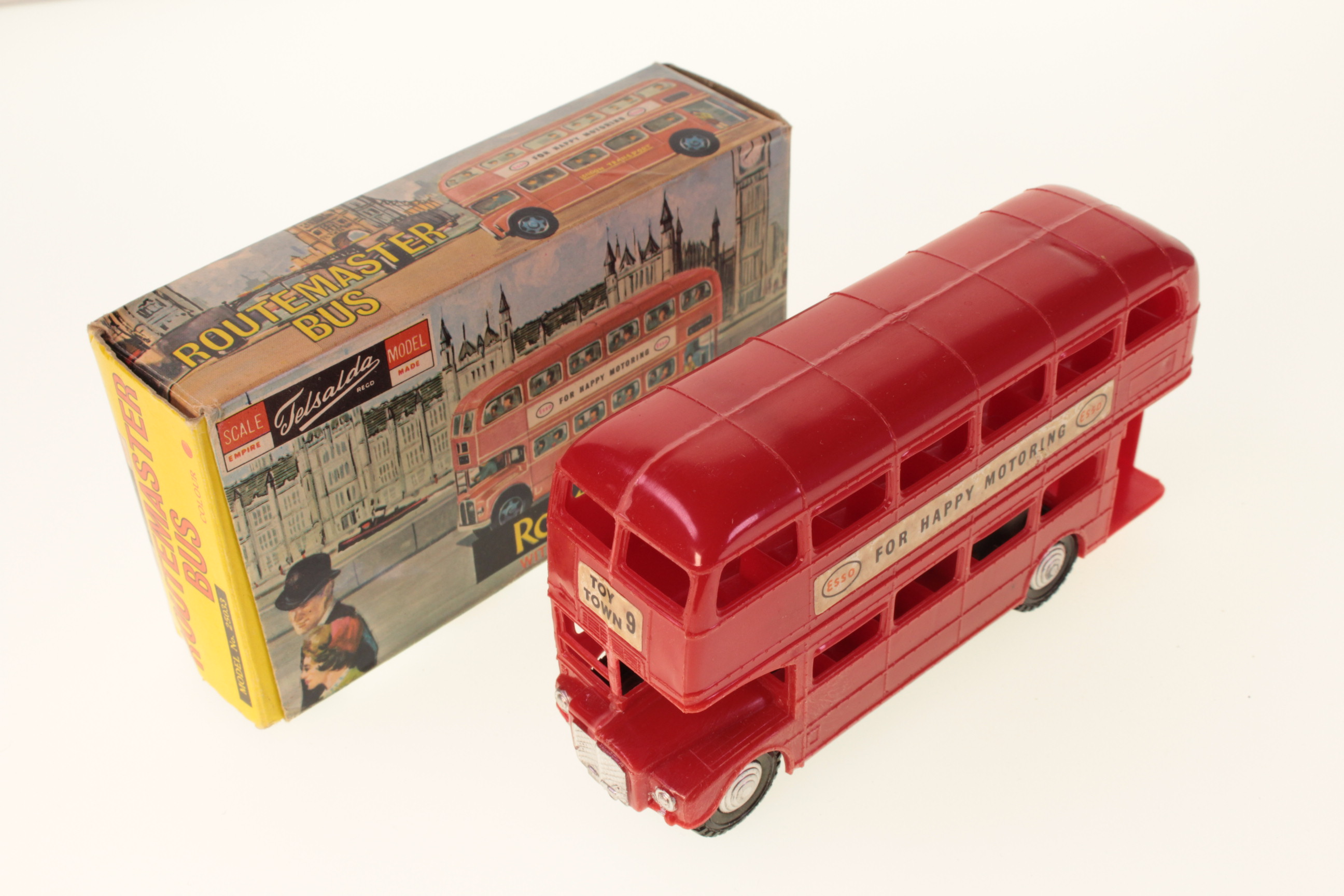 Picture Gallery for Telsalda 25033 Routemaster Bus