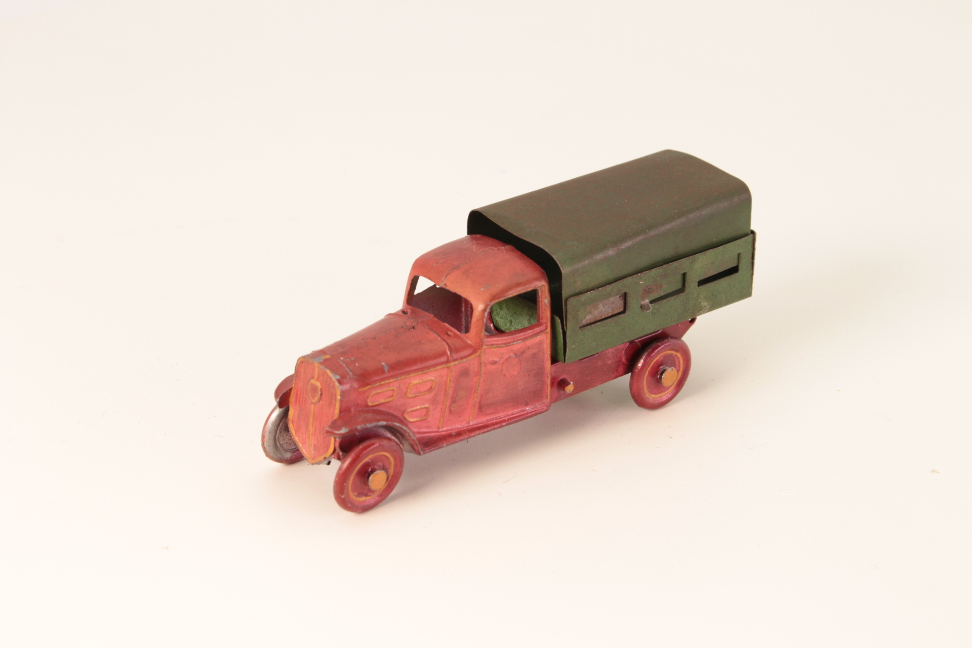 Picture Gallery for Autajon  Roustan 01C Market Gardeners Truck