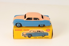 Picture Gallery for Dinky 170 Ford Fordor Sedan