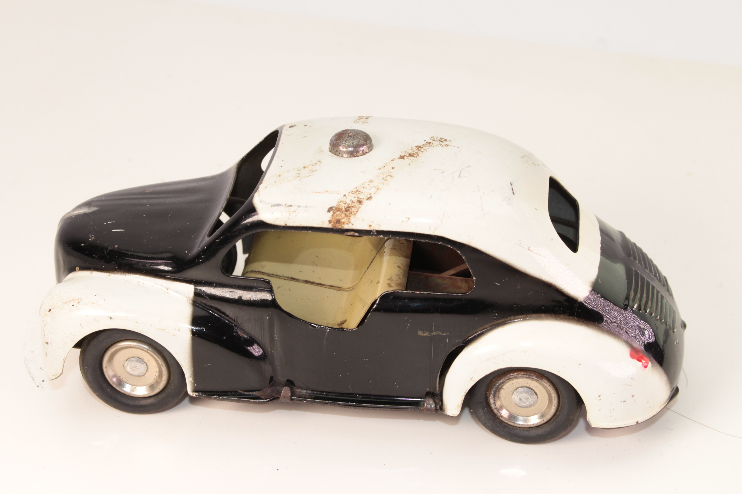 Picture Gallery for CIJ 5/48 Renault Police Car