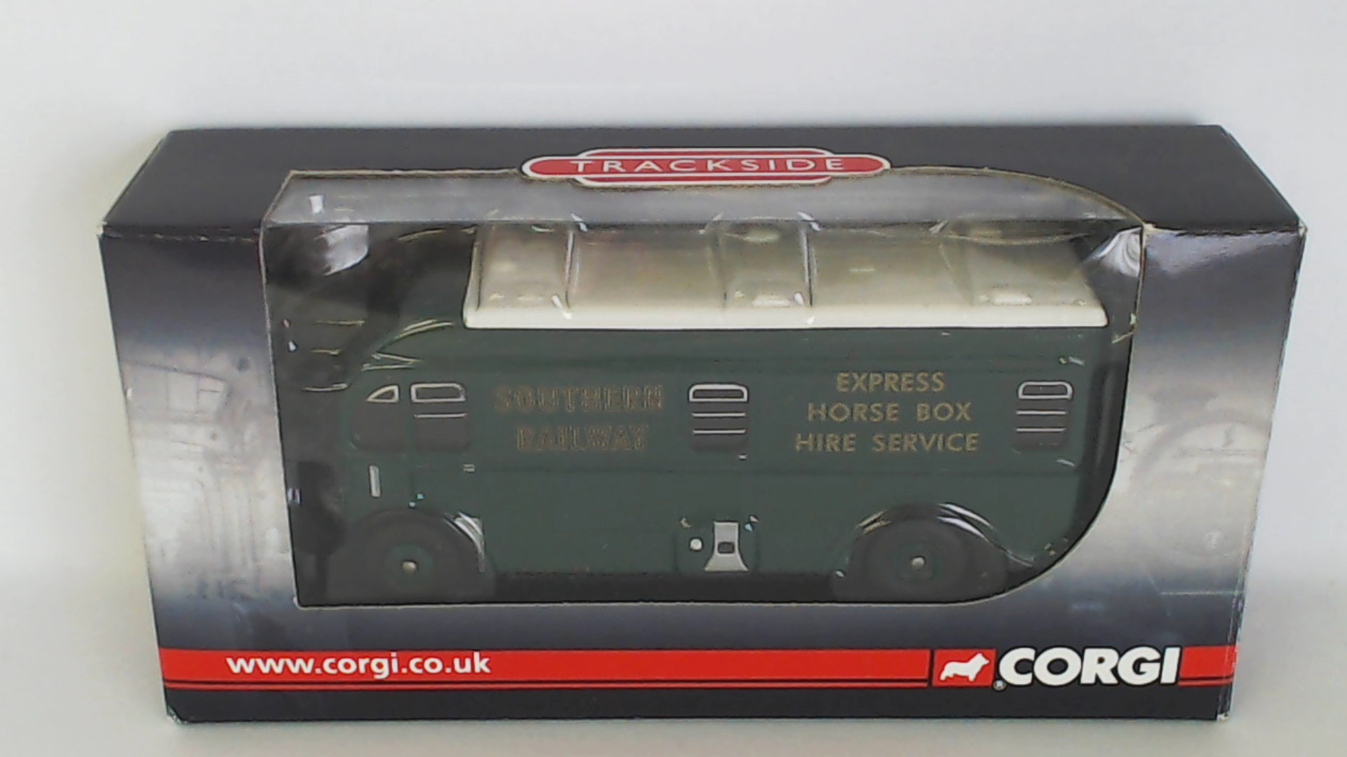 Picture Gallery for Corgi DG213001 Harrington Horse Box