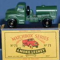 Picture Gallery for Matchbox 71a Water Truck 200gal