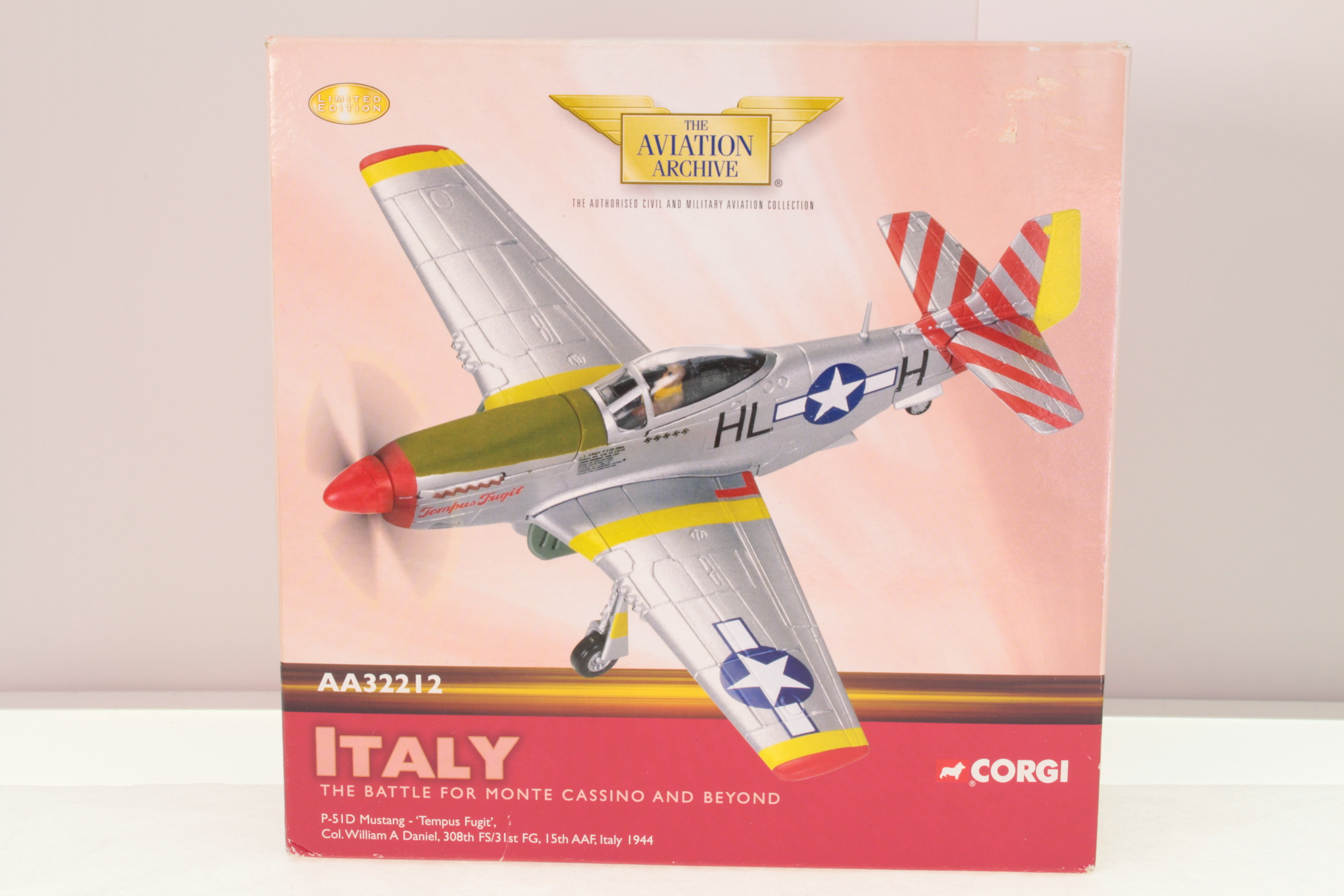 Picture Gallery for Corgi AA32212 P-51D Mustang