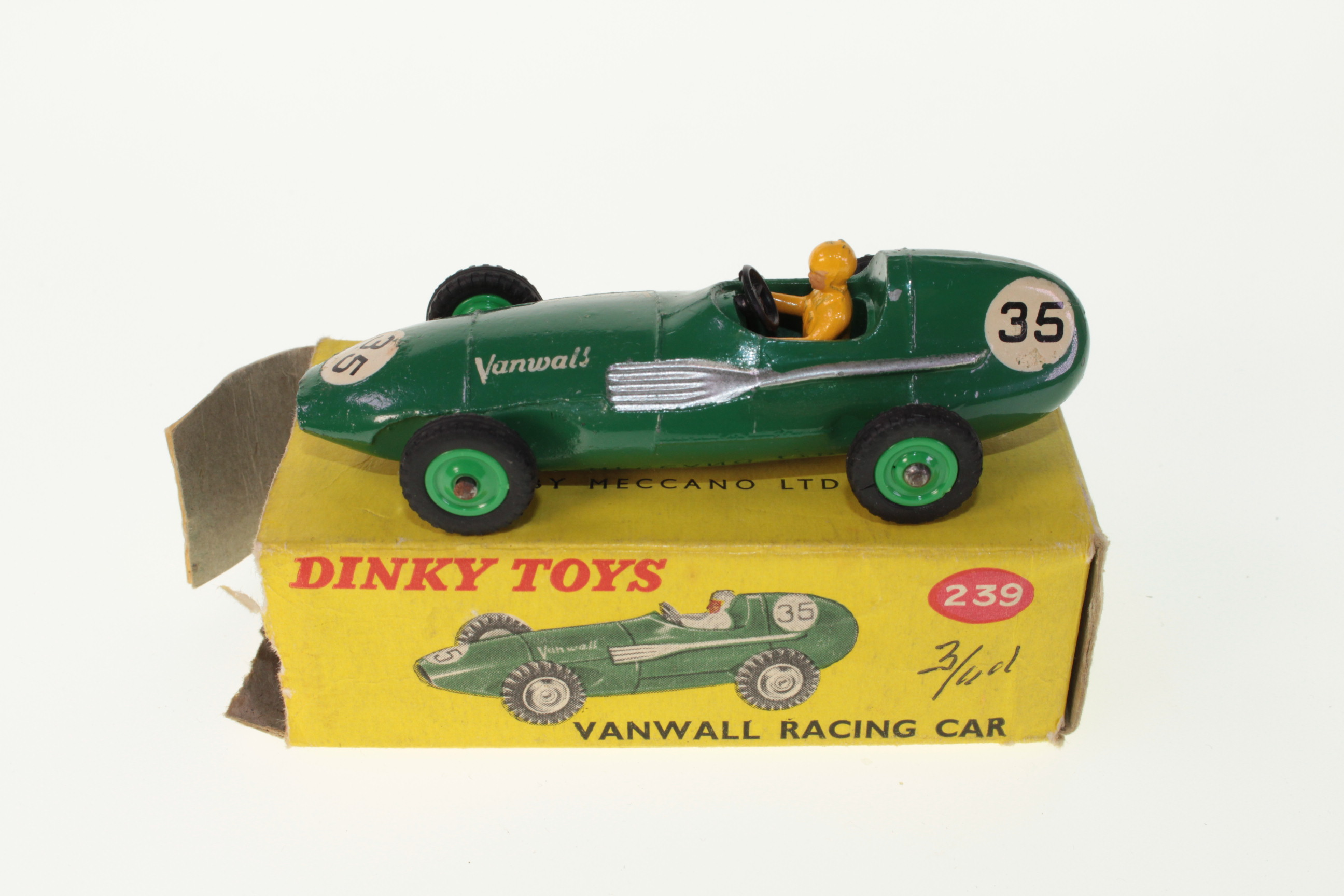 Picture Gallery for Dinky 239 Vanwall