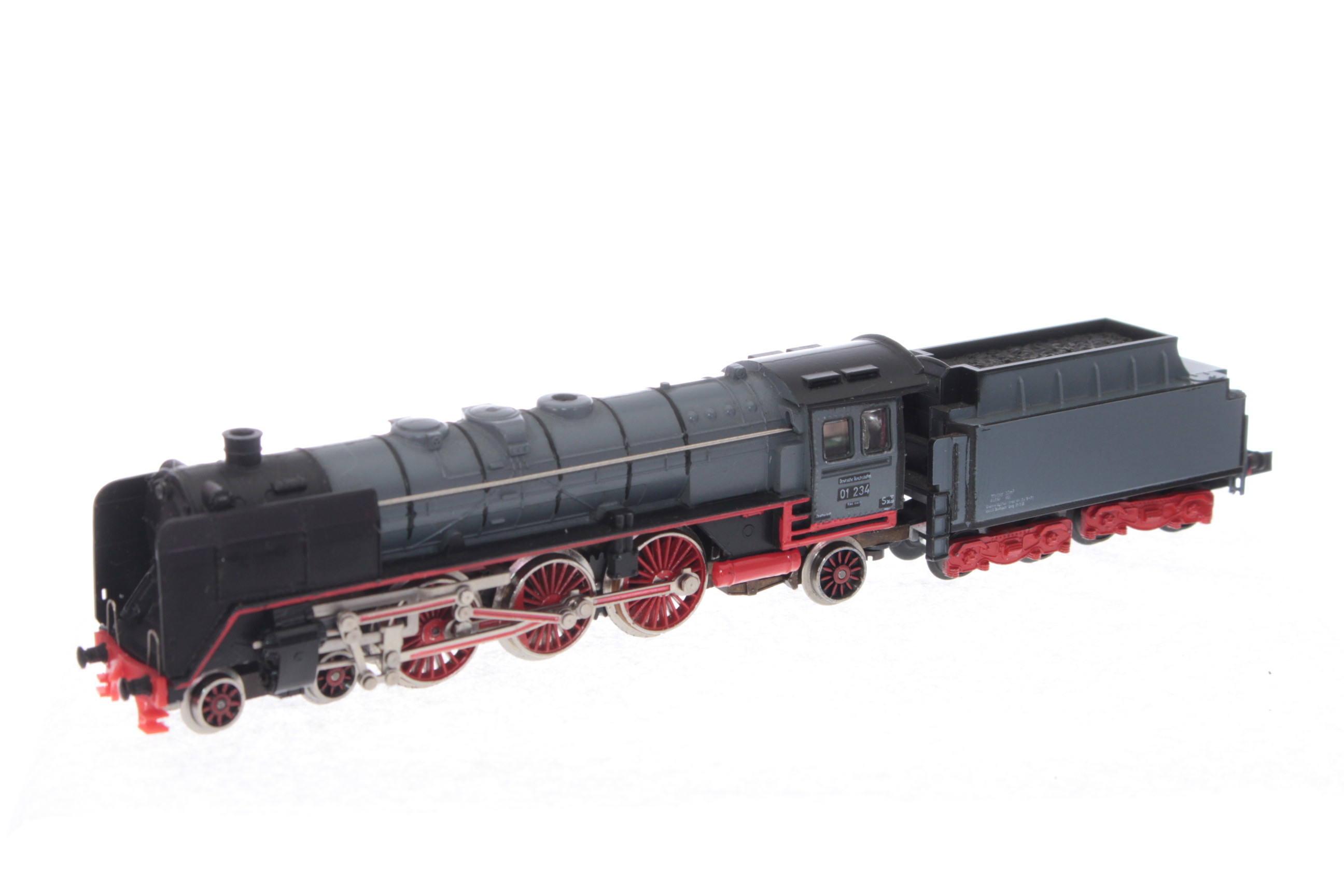 Picture Gallery for Trix 2045 4-6-2 Steam Loco with Tender