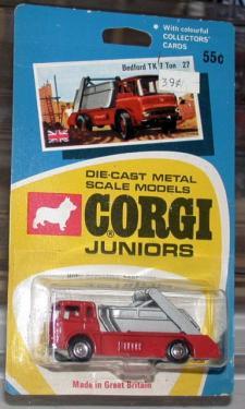 ef1aebdd7022f1 Picture Gallery for Corgi Juniors 27 Bedford TK Skip Lorry
