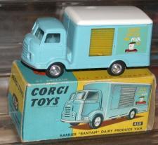 Picture Gallery for Corgi 435 Karrier Milk truck