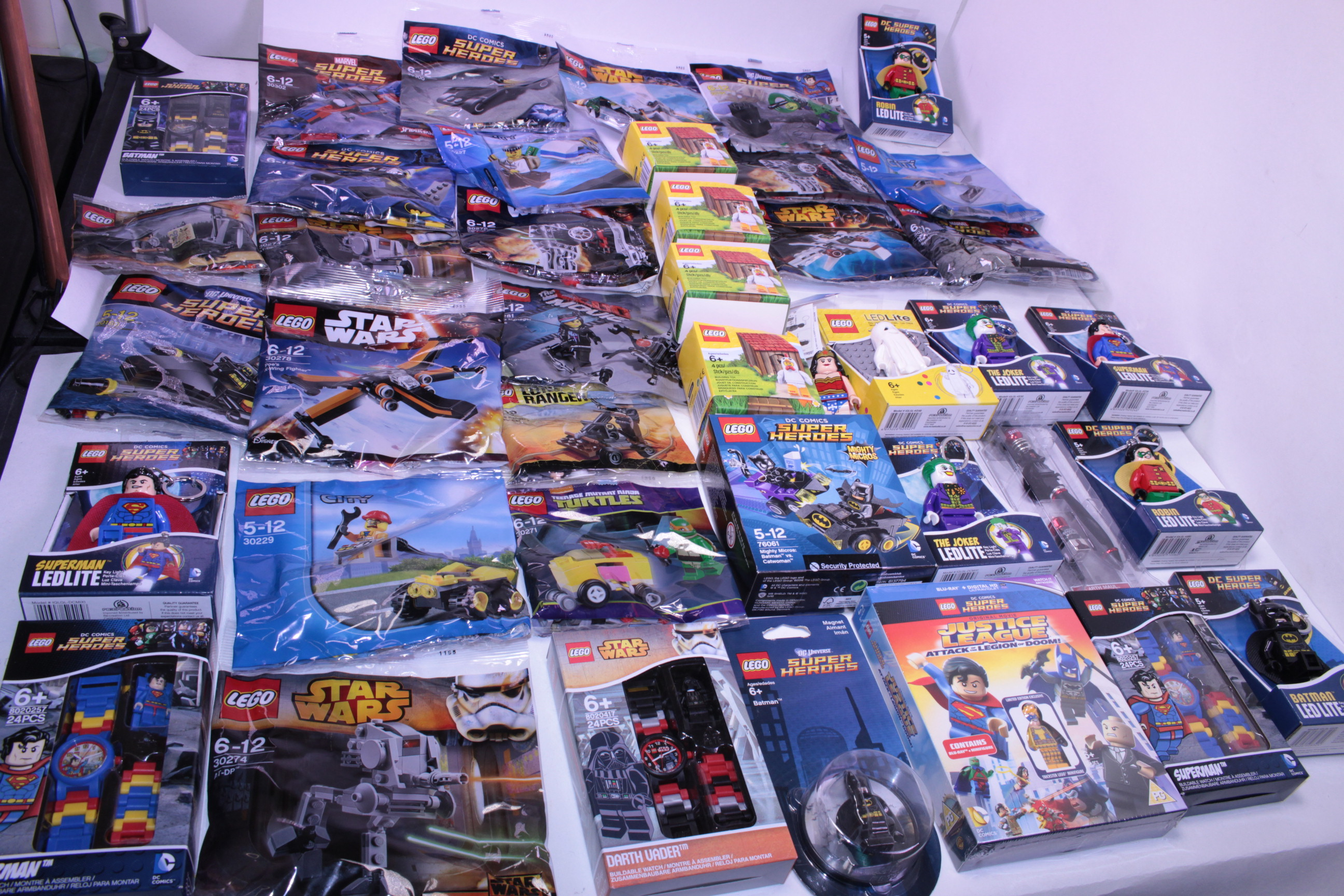 Picture Gallery for Lego Trade-1 Bulk Lot