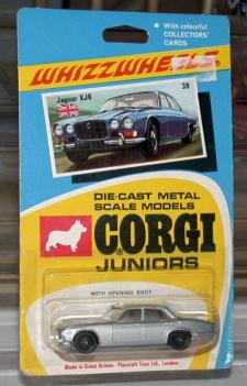 Picture Gallery for Corgi Juniors 39 Jaguar XJ6