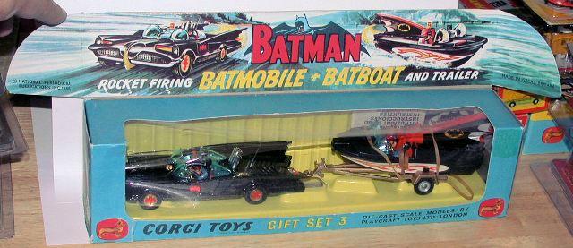 Corgi Batmobile  No.267  Bat  Hubs x4  Metal Casting spare parts
