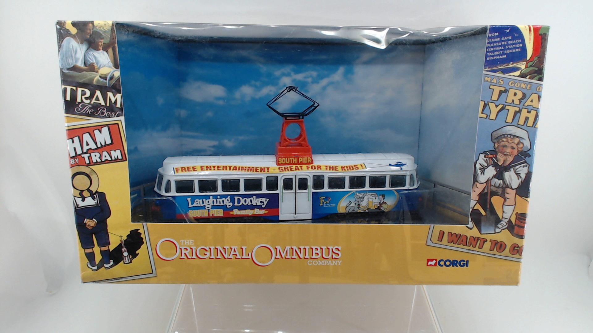 Picture Gallery for Corgi OM44009 Blackpool Brush Railcoach
