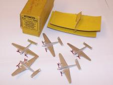 Picture Gallery for Dinky 731 Twin Engined Fighter