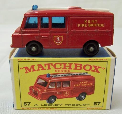 Matchbox 57c, Land Rover Fire Truck