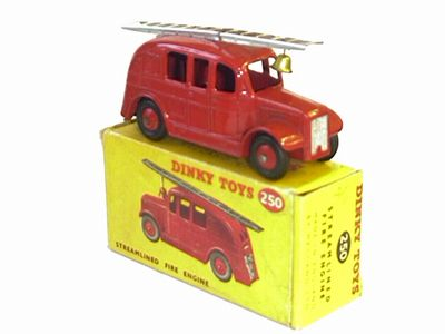 Picture Gallery for Dinky 250 Fire Engine