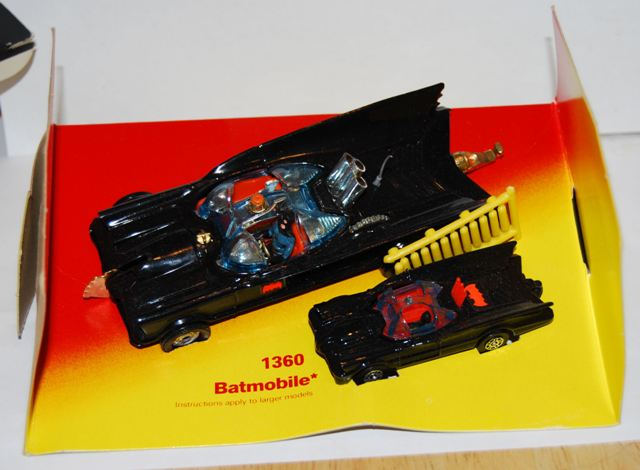 Picture Gallery for Corgi 1360 Batmobile
