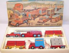 Picture Gallery for Corgi 23 Chipperfields Circus Set