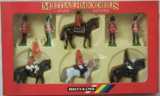 Picture Gallery for Britains Soldiers 7218 Her Majesty Queen Elizabeth Set