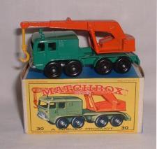 8 Wheel Crane Truck