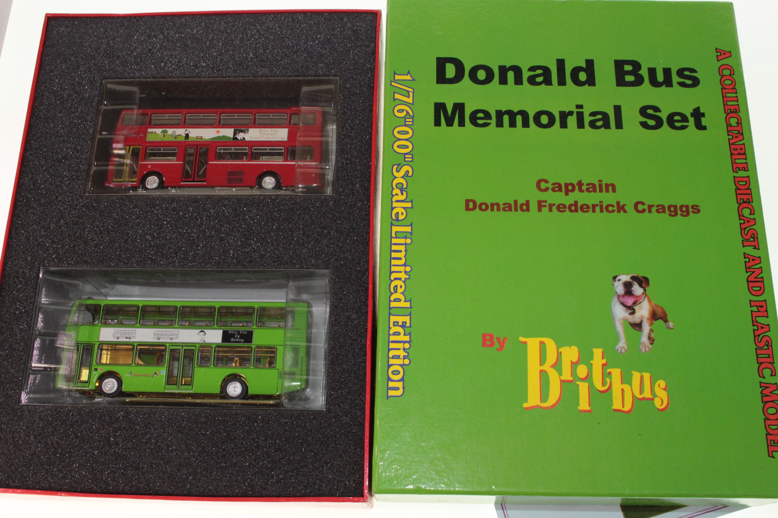 Picture Gallery for Britbus DBMS001 Donald Craggs Memorial Bus Set