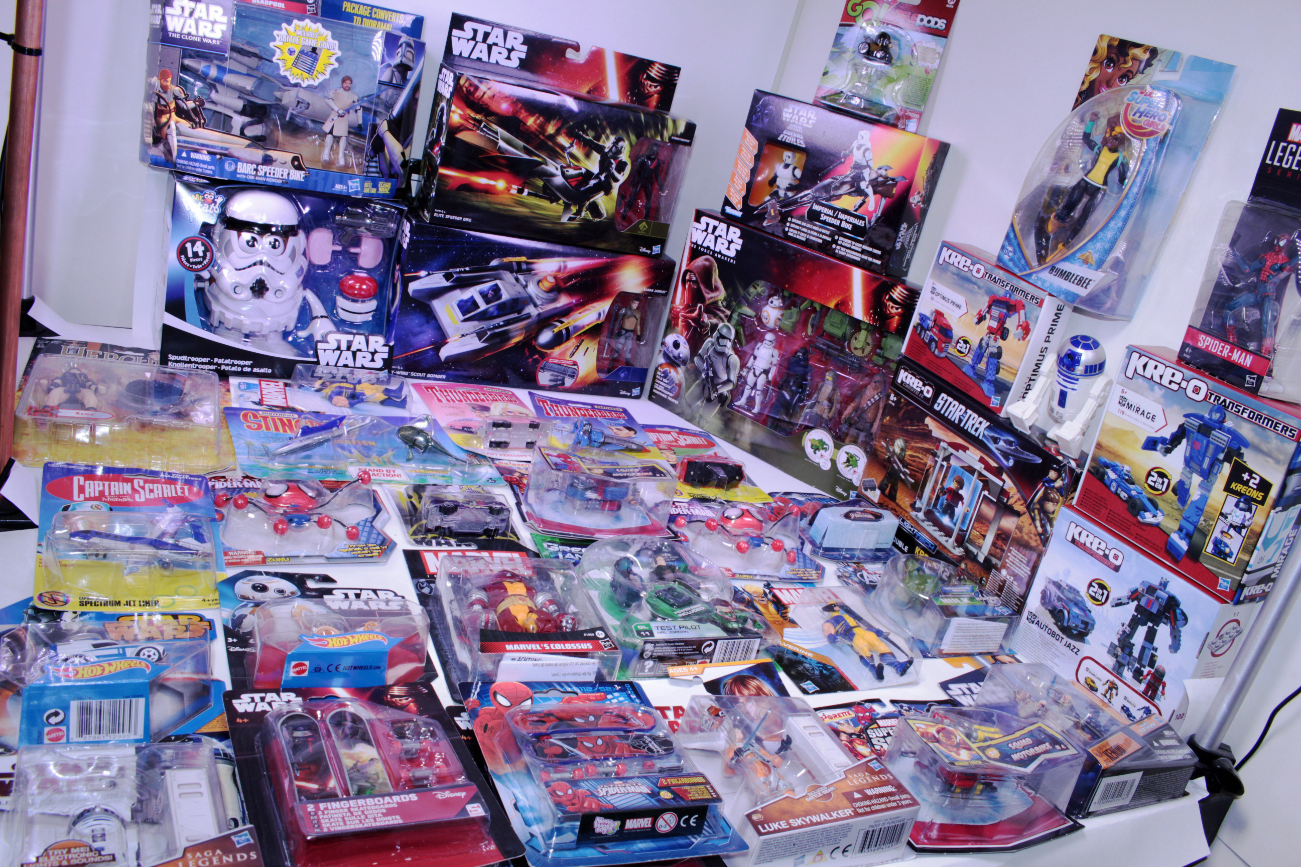 Picture Gallery for Bulk-Trade Trade-1 TV & Film Toys