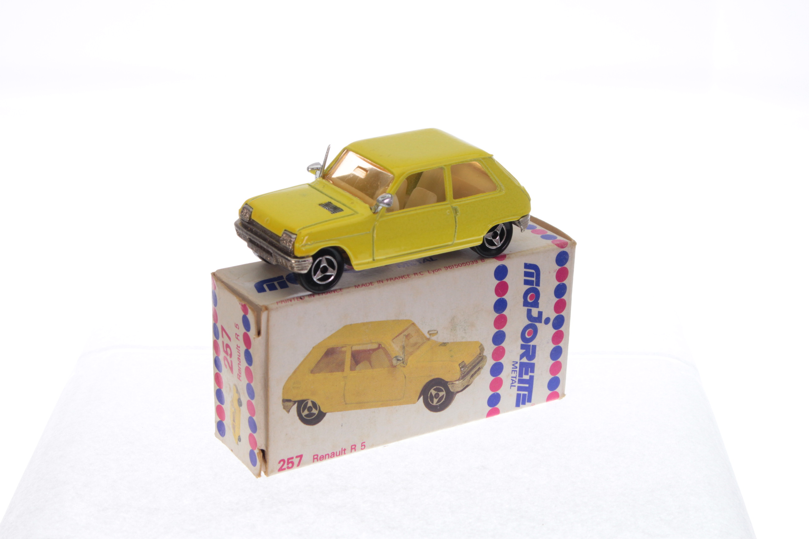 Picture Gallery for Majorette 257 Renault R5