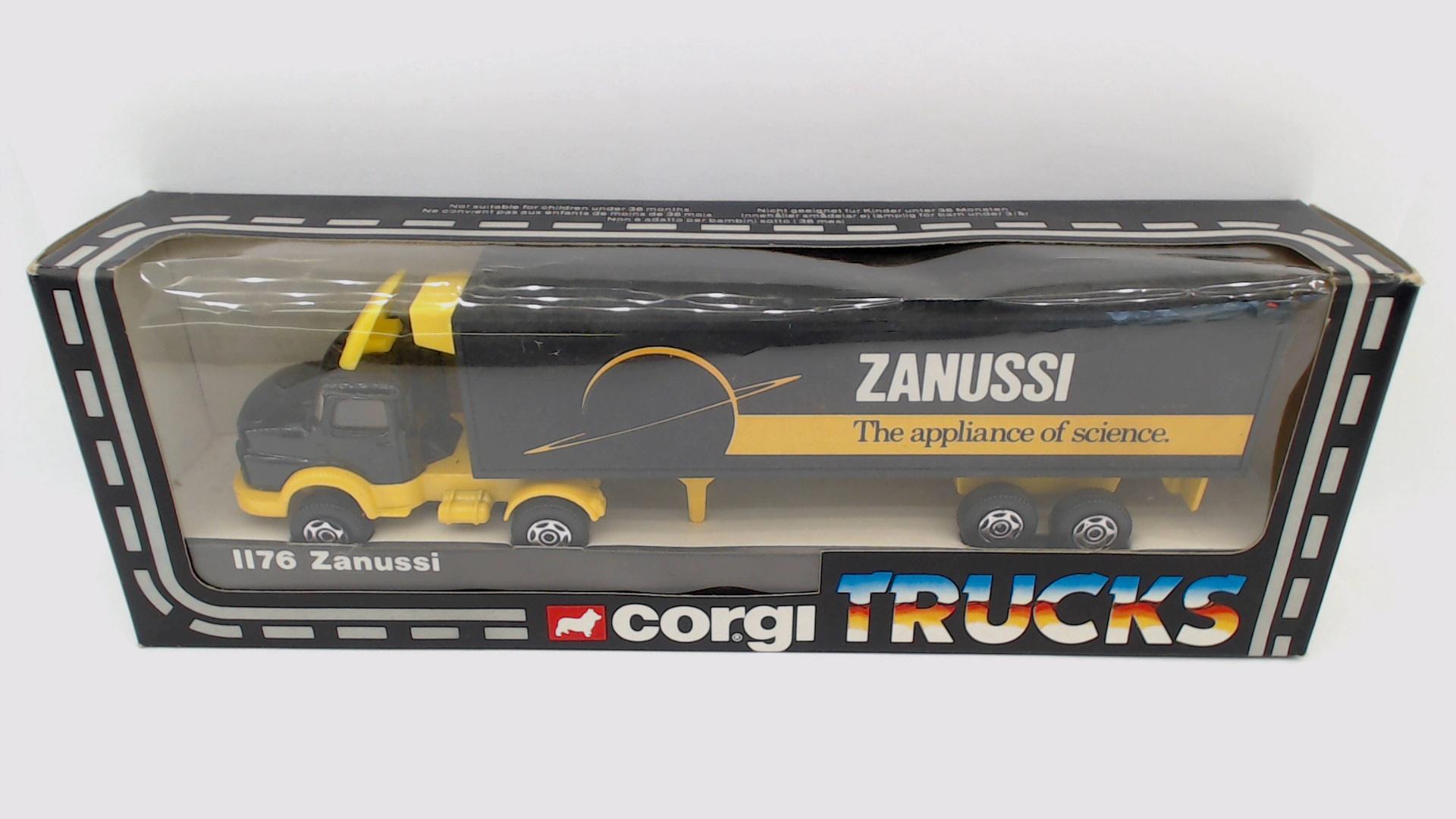 Picture Gallery for Corgi 1176 Mercedes Truck