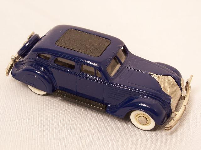 Picture Gallery for Brooklin BRK7 1934 Chrysler Airflow 4 Door Sedan