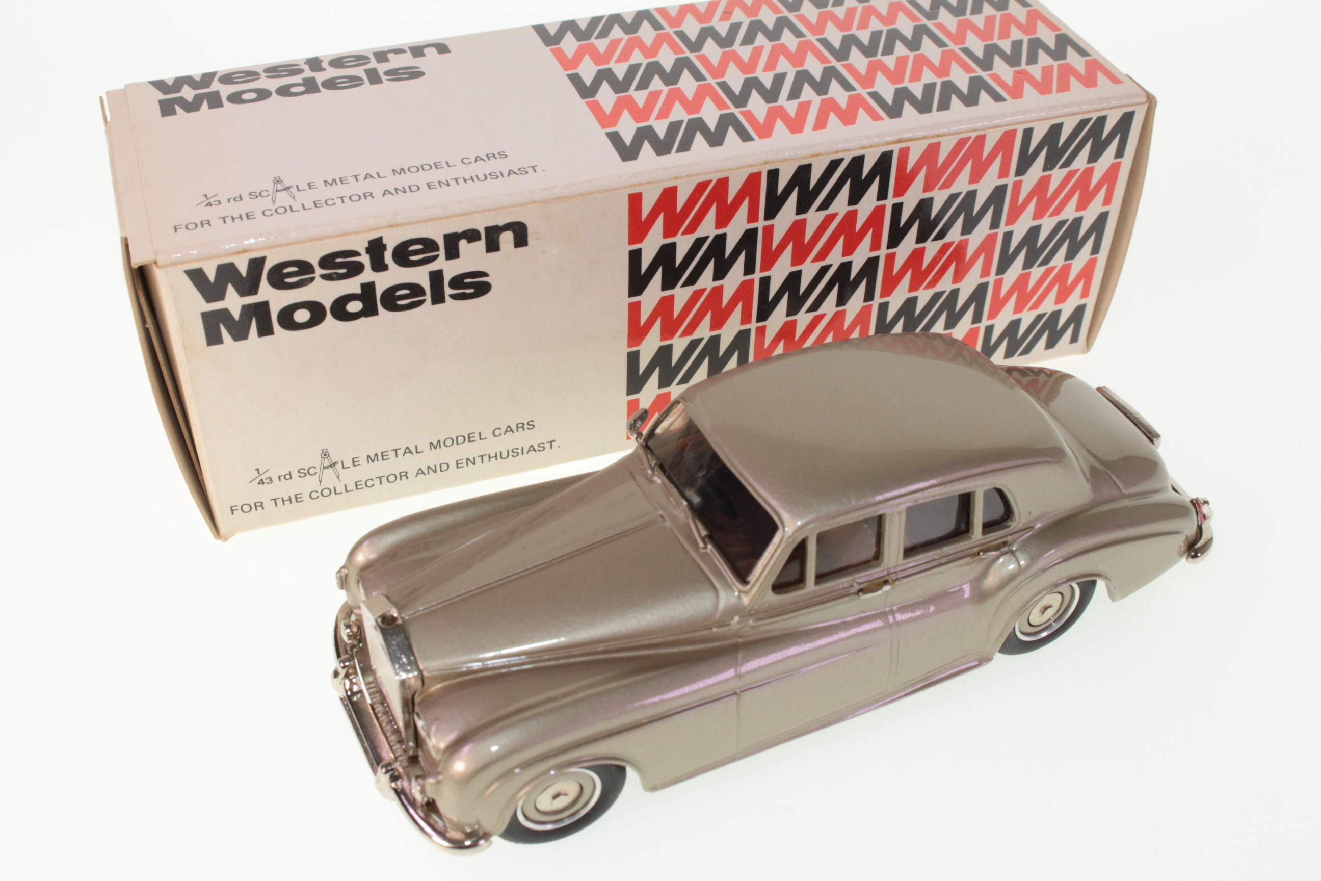 Picture Gallery for Western Models WMS48 Rolls Royce Silver Cloud III