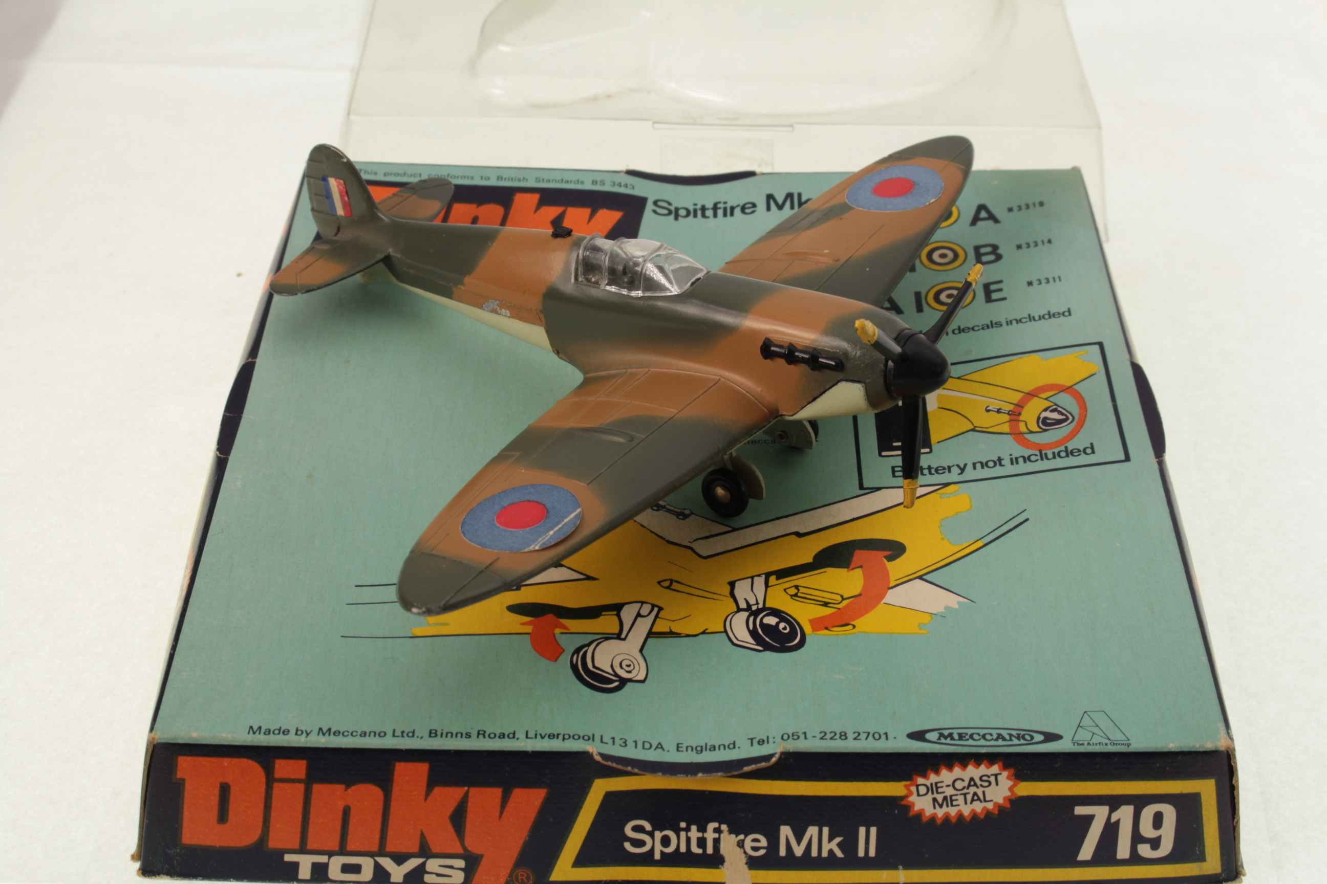 Dinky Spitfire  No.719  Propeller Painted  Metal Casting spare parts