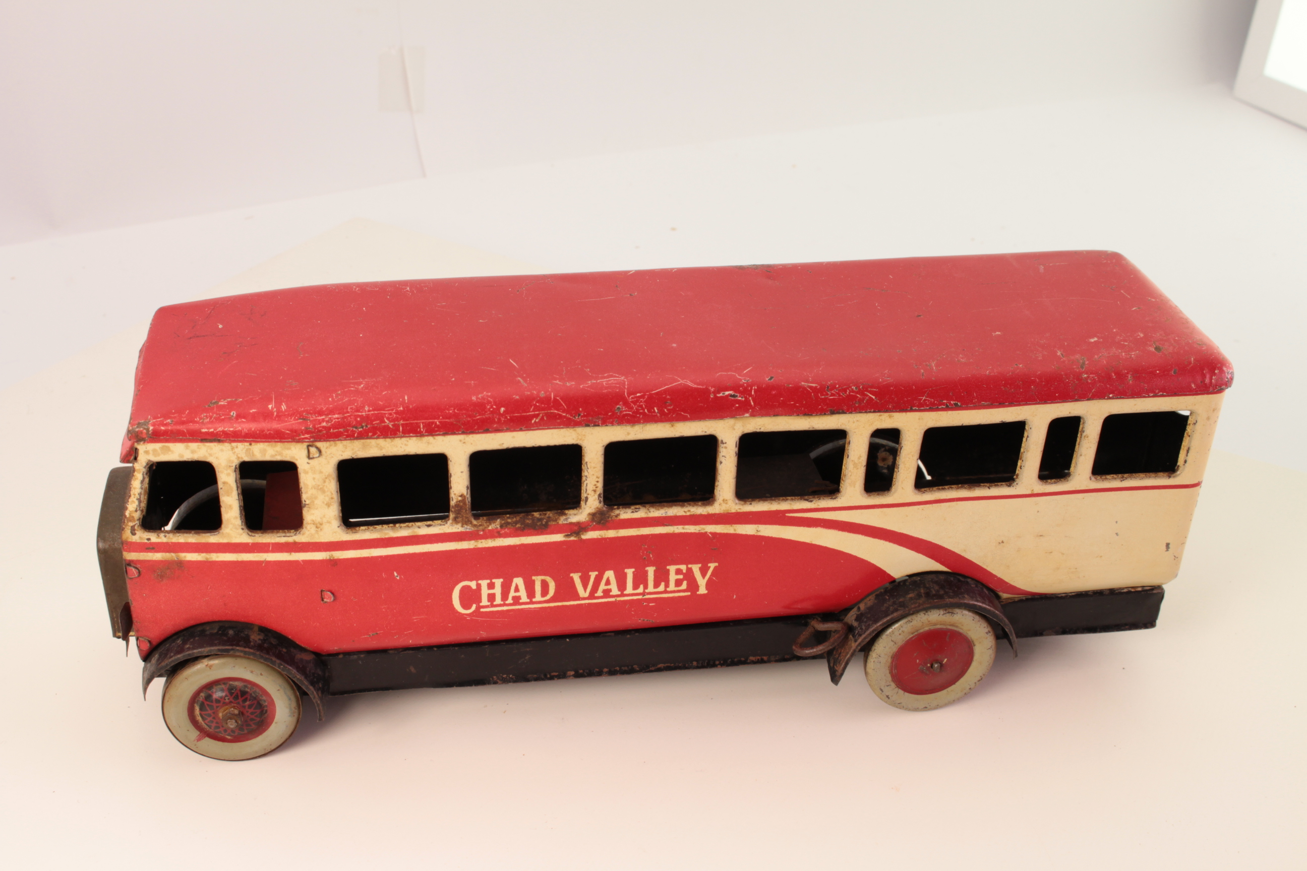 Picture Gallery for Chad Valley CV1947 Bus