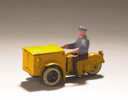 Picture Gallery for Dinky 14a Triporteur (Pre War)