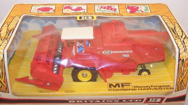 Picture Gallery for Britains Farm 9570 Massey Ferguson Combine Harvester
