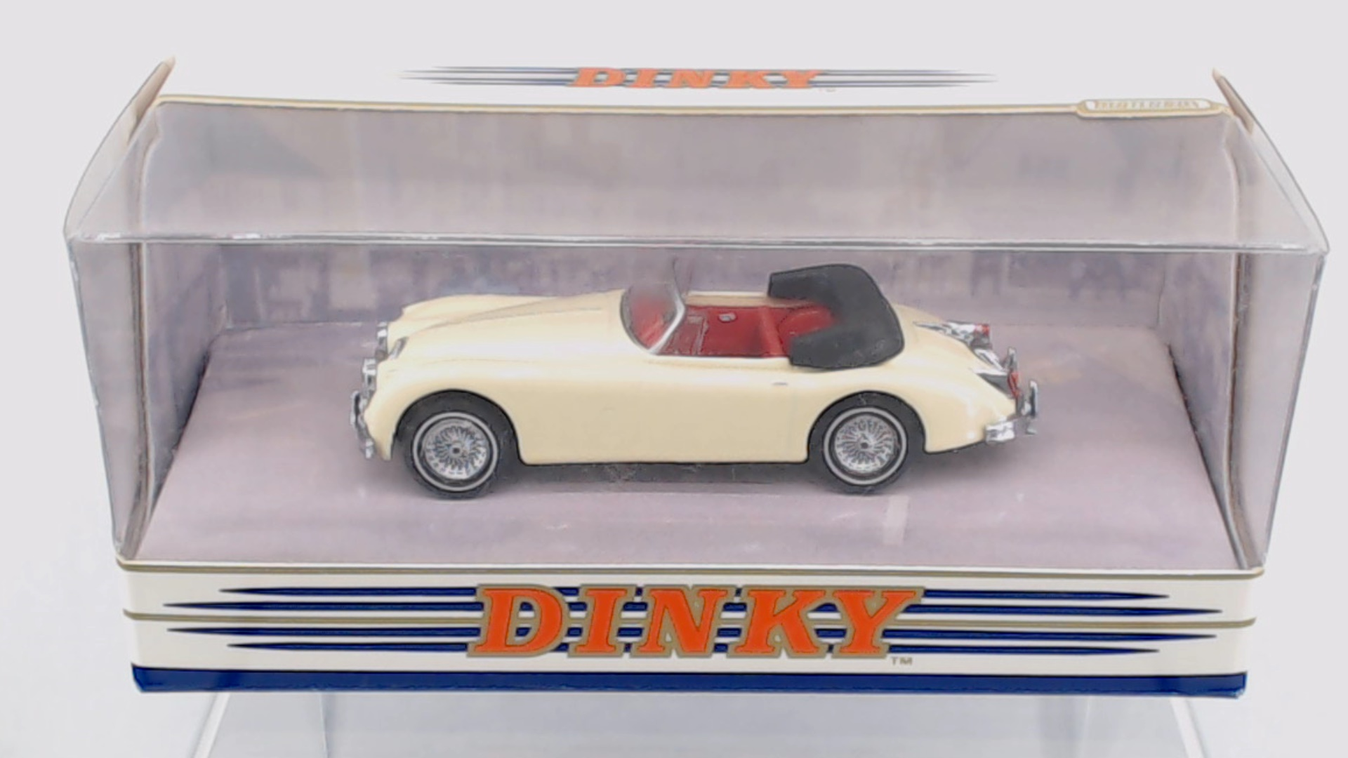 Picture Gallery for Matchbox Dinky DY36A 1960 Jaguar XK150