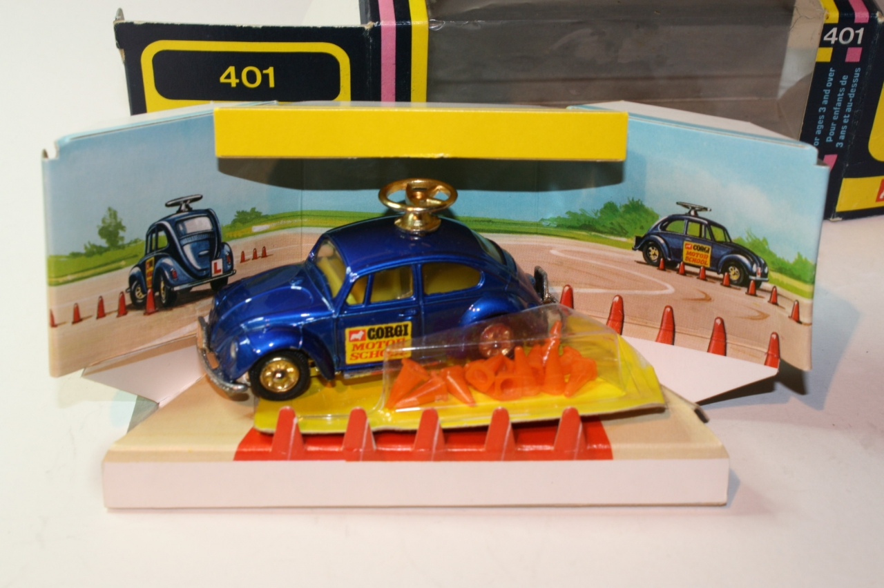 Picture Gallery for Corgi 401 VW Driving school