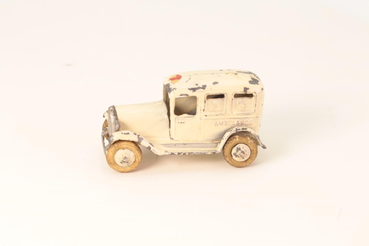 Taylor and Barrett #117 - Ambulance - Cream