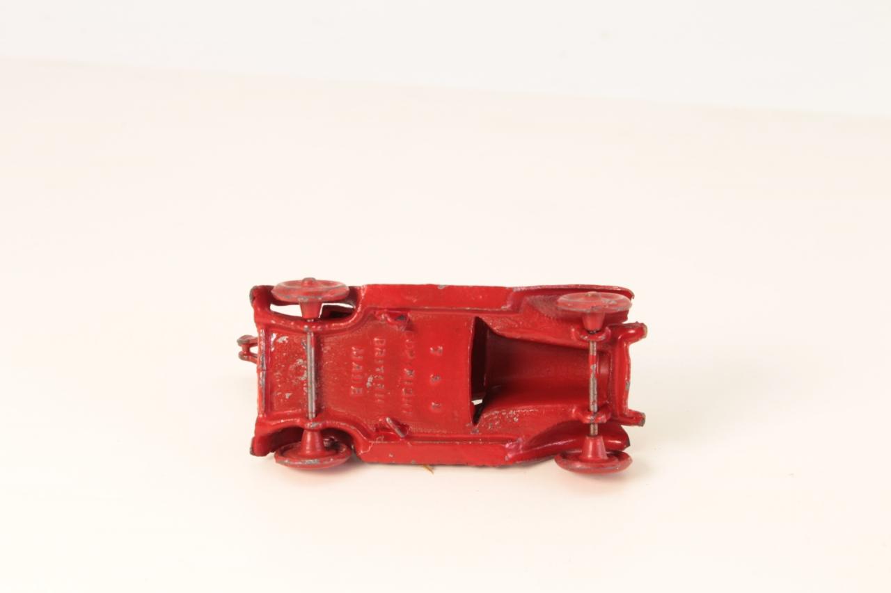 Taylor and Barrett #129 - Breakdown Truck - Red/Black (Cast Radiator)