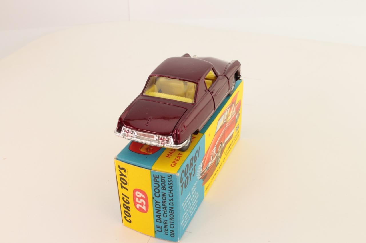 Corgi #259 - Citroen Le Dandy - Maroon