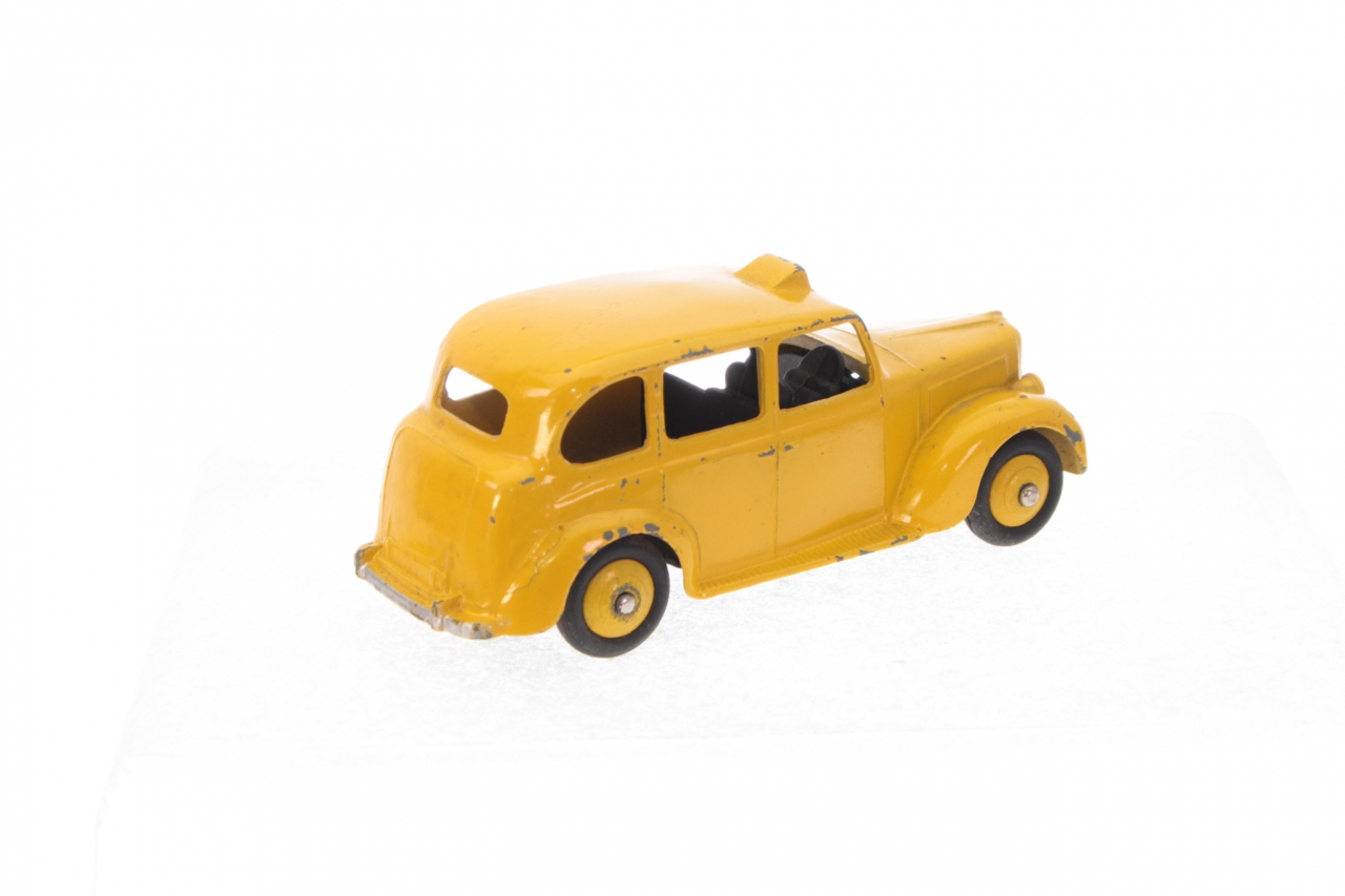 Dinky #254 - Austin Taxi - Yellow/Black Driver
