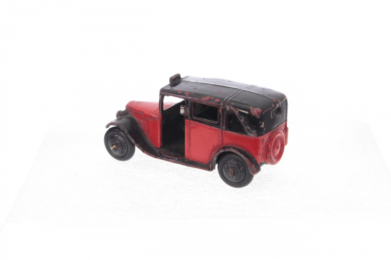Dinky #36g - Taxi with Driver - Red/Black