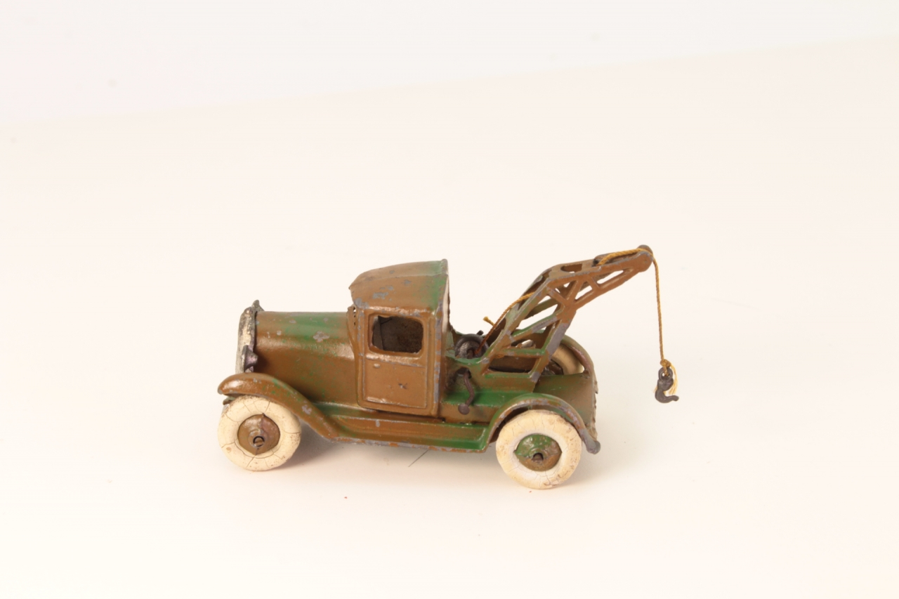 Taylor and Barrett #129 - Breakdown Truck - Camouflage