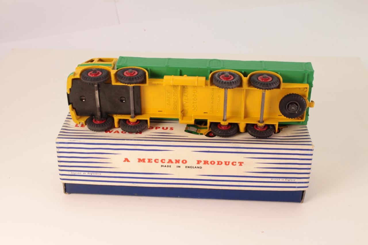 Dinky #934 - Leyland Octopus Wagon - Yellow/Green