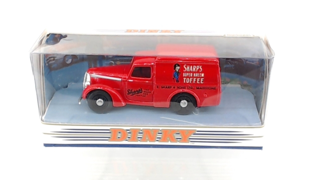 COMMER 8 CWT VAN SHARP/'S TOFFEE DINKY DY-8