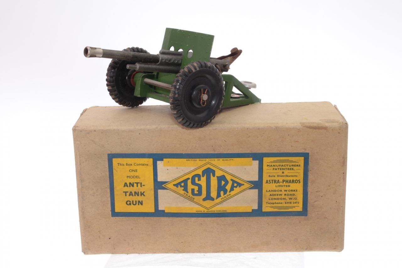 Picture Gallery for Astra A102 Cap Firing Anti-Tank Gun