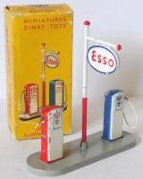 Esso Petrol Pump Set