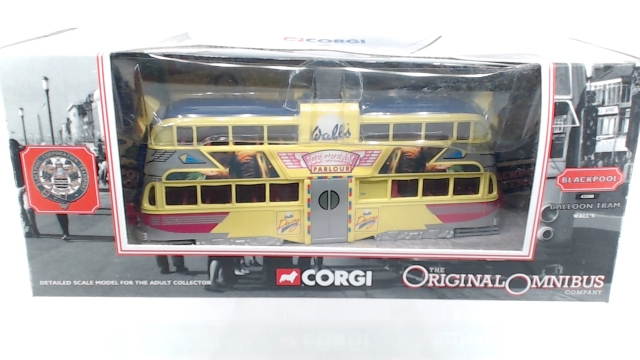 Picture Gallery for Corgi 43508 Blackpool Balloon Tram