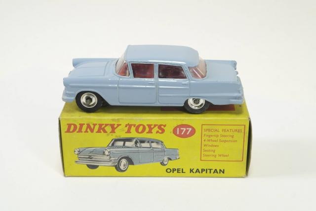 Picture Gallery for Dinky 177 Opel Kapitan