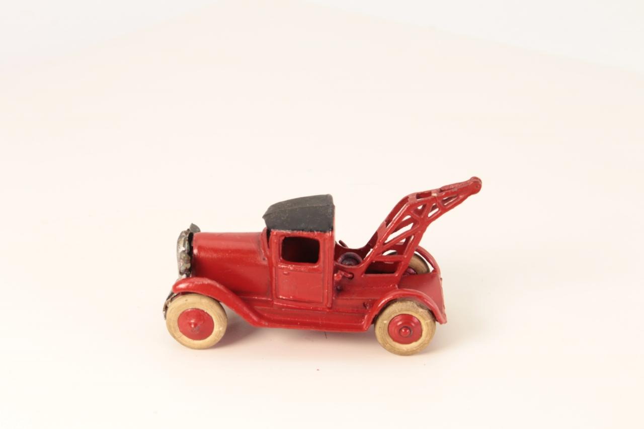 Taylor and Barrett #129 - Breakdown Truck - Red/Black